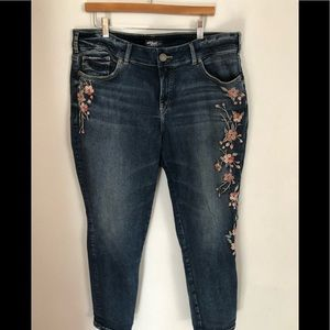 Silver Elyse Skinny Jean Embroidered Floral 18X29